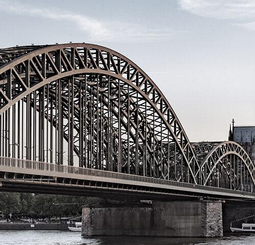 Hohenzollernbrücke richtung Kölner Dom